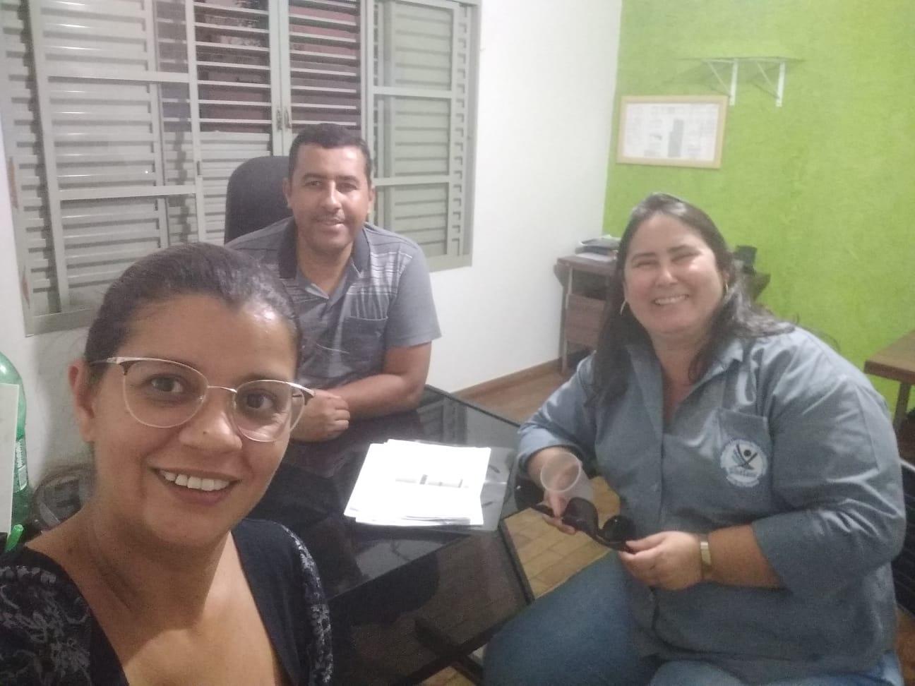 Elvis Jose Ribeiro (Presidente) e Andréia (Diretora) - Cidade de Serrana